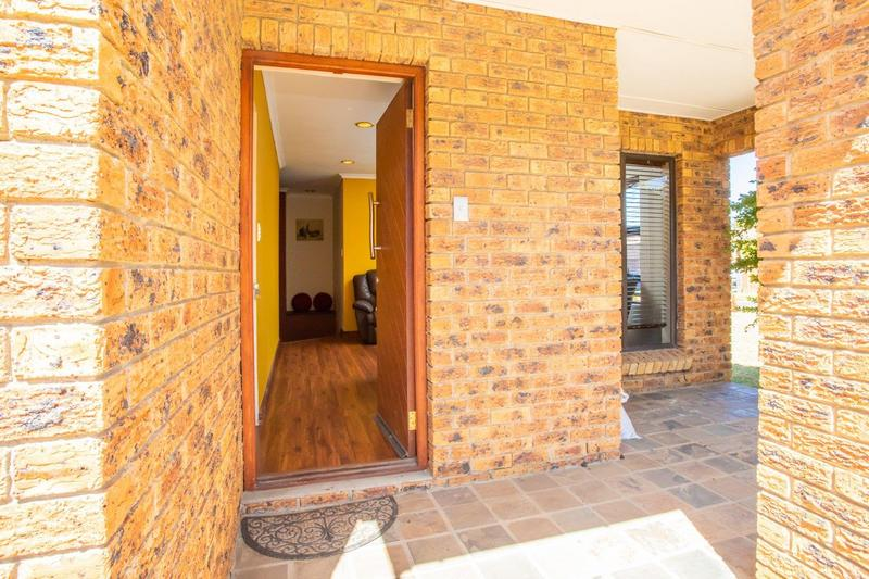 Property For Sale in Kleinbron Estate, Cape Town 4