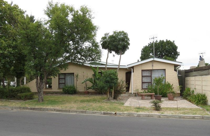 Property For Sale in Bonny Brook, Kraaifontein 3