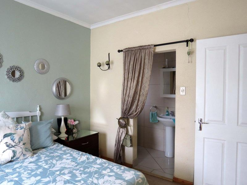 Property For Sale in Bonny Brook, Kraaifontein 6