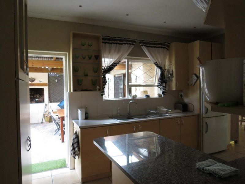 Property For Sale in Bonny Brook, Kraaifontein 17