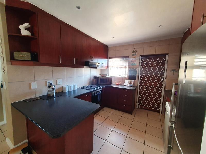 Property For Sale in Bonnie Brae, Kraaifontein 5