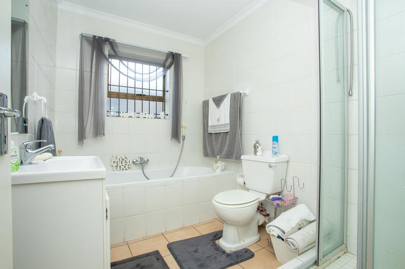 Property For Sale in Sonstraal Heights, Durbanville 18