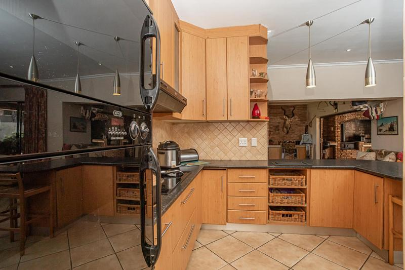 Property For Sale in Kleinbron Estate, Cape Town 10