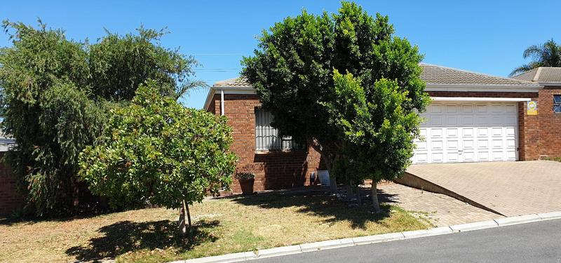 Property For Sale in Langeberg Ridge, Kraaifontein 4