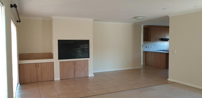 Property For Sale in Langeberg Ridge, Kraaifontein 6