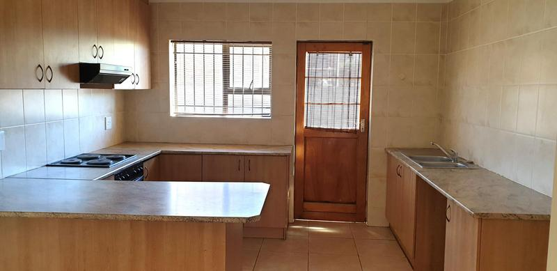 Property For Sale in Langeberg Ridge, Kraaifontein 10