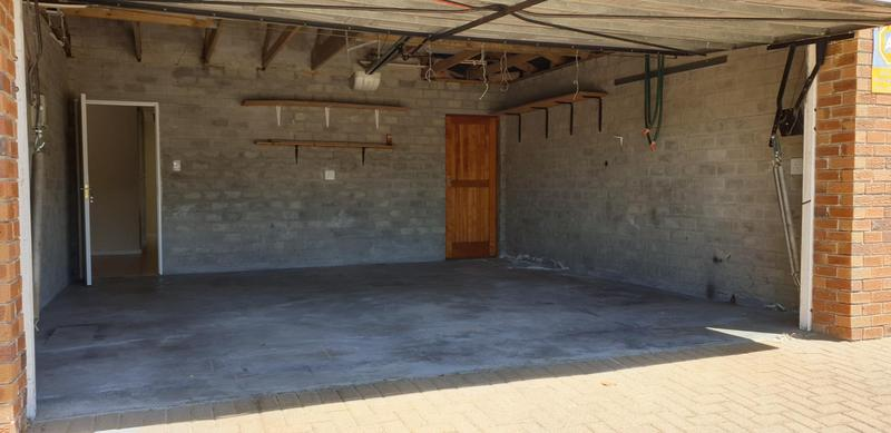 Property For Sale in Langeberg Ridge, Kraaifontein 24