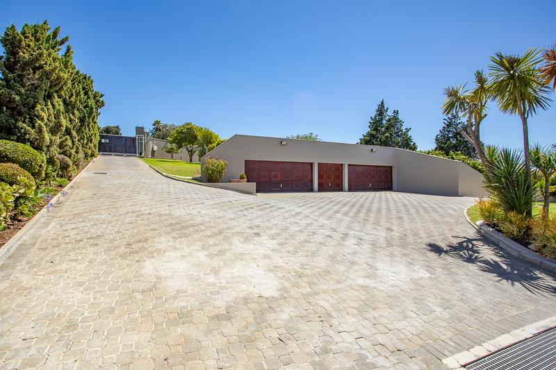 Property For Sale in Welgemoed, Bellville 3