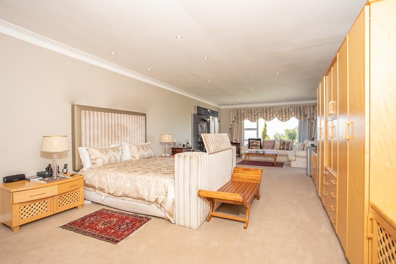 Property For Sale in Welgemoed, Bellville 33